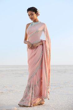 15 Anita Dongre Lehengas For Spring Summer 2019 Anita Dongre, Indian Wedding Outfits, Indian Outfits, Indian Clothes, Indian Attire, Indian Wear, Indian Style, Indian Ethnic, Saris
