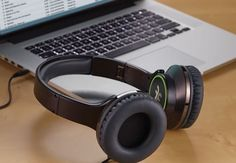 Flips Solo2Social - The Headphones That Convert Into Portable Speakers