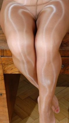 38 Female With Pantyhose Fetish 18 Or Older Only