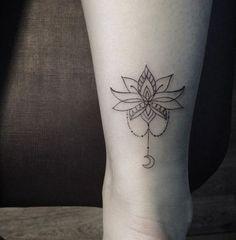 13 tatouages floraux repérés sur Pinterest