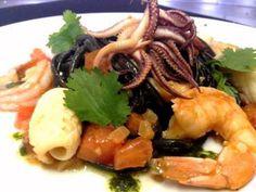 Flor de Sal - Almancil, #Portugal #Algarve  #Almancil #Best #food #Bestrestaurants #Calimari  #FoodPorn #HiddenGem #KingPrawns #Mussels #Portugal #Restuarants #Sangria #Seafood #Salad #Squid #Travel