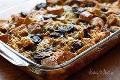 Make-Over Breakfast Sausage and Mushroom Strata #mushroom #breakfast #holiday #strata #makeahead #sausage #eggs #skinny