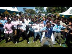 One Crazy Wedding Dance Fest - YouTube