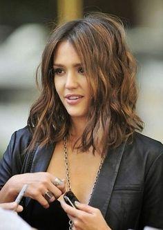 Love the wavy hair