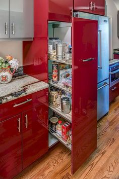 Red kitchen cabinets have some stylish ideas to bring kitchen beautiful and interesting. You can bring it by one of 20 stylish ways to work with red kitchen cabinets. I will tell you the reason why this year will be the year of red kitchen cabinets. Red Kitchen, Kitchen Colors, Home Decor Kitchen, Kitchen Interior, Kitchen Ideas, Decorating Kitchen, Glossy Kitchen, Decorating Ideas, Cheap Kitchen