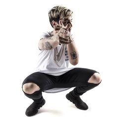 DUKI😍 Freestyle Rap, Pretty Boys, Hipster, Instagram, Red Bull, Leo, Posters, Wallpaper, Celebrities