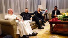 CIUDAD DE MÉXICO, 15 Feb. 16 / 07:04 pm (ACI/EWTN Noticias).-   Después de su paso por el Hospital pediátrico Federico Gómez, el Papa Francisco sostuvo una reunión de media hora con seis sacerdotes jesuitas en la Nunciatura Apostólica, según informó el portavoz de la Santa Sede, P. Federico Lombardi.