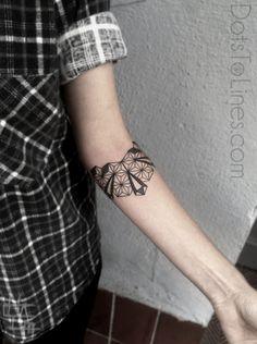 #tattoo #geometrical #blackwork #lined