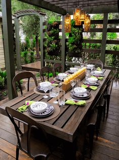 How to decorate outdoor dining table terrace patio with wooden furniture set and candles #diningtabledecor