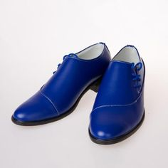 Royal Blue Whole Cut Handmade Genuine Cowhide Leather Matching Black Sole Derby Toe Lace Up Shoes sold by Robleatherseller. Shop more products from Robleatherseller on Storenvy, the home of independent small businesses all over the world. Mens Casual Leather Shoes, Handmade Leather Shoes, Leather And Lace, Leather Heels, Leather Men, Real Leather, Trendy Mens Fashion, Men's Fashion, Red Shoes