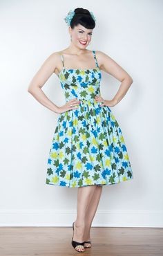 This one is lovely! All the Paris dresses are so darn pretty! Bernie Dexter Paris Dress in Fall Leaves print