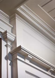 Moulding Detail - A Summer Cottage in the Hamptons - John B. Murray Architect - Interior Design by Victoria Hagan - Photography by Durston Saylor