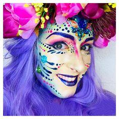 Simple Vastelaovend Facepaint - Famous Last Words Adult Face Painting, Fantasy Make Up, Face Art, Mardi Gras, Body Art, Halloween Face Makeup, Dress Up, Costumes, Color