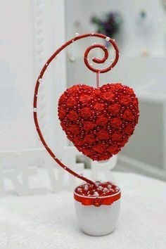 1 million+ Stunning Free Images to Use Anywhere Valentines Day Decorations, Valentine Crafts, Valentine Day Gifts, Christmas Crafts, Valentine Flowers, Wedding Decorations, Christmas Decorations, Decoration St Valentin, Diy And Crafts
