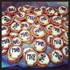 #biscotti pronti #MHB #makehandbuy #makehappybirthdaytosimo #makehandbiscuits #cakedesign #cookies @simone del bianco