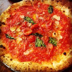 アレグロのピッツァ pizza italian 釜焼き tomato RED