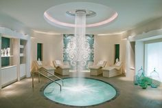 Pamper yourself with a luxurious massage or rejuvenating spa treatment in Florida's Palm Beach County. Learn more about day and resort spas, and book an appointment for relaxation today. Jacuzzi, Spa Interior Design, Spa Design, Salon Design, Design Interiors, Spa Privatif, Hotel Spa, Beach Resorts, Hotels And Resorts