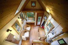 Interior do Chalé Móvel. Fotografia: Reprodução/ www.tumbleweedhouses.com