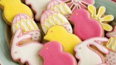 Ricette per Pasqua: i biscotti decorati con la glassa