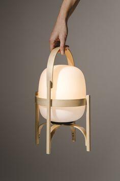 Cestita Batería Lamp, Santa & Cole _ The Fine Store Decor Scandinavian, Portable Table, Bright Homes, Suspension Design, Luminaire Design, Modern Floor Lamps, Bedroom Lamps, Interiores Design, Desk Lamp