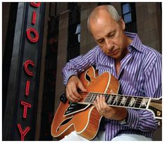 Mark Knopfler and his guitars