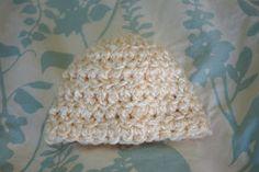 Alli Crafts: Free Pattern: Chunky Yarn Newborn Hat