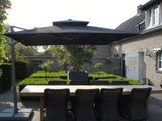 10 Best Pergola Designs, Ideas and Pictures of Pergolas – Top Soop Cantilever Parasol, Restaurant Patio, Pergola Pictures, Patio Shade, Outdoor Furniture Sets, Outdoor Decor, Pergola Designs, Terrace Garden, Back Gardens