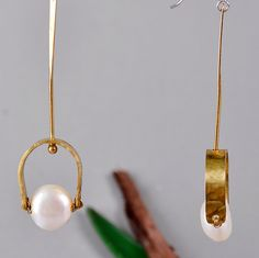 Gold toned hammered drop earrings with white pearls, drop long brass earrings with white pearls and silver hook, gift idea under 25 by ColorLatinoJewelry on Etsy