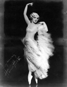 Harriet Hoctor was a ballerina, dancer, actress and instructor from Hoosick Falls, New York. Composer George Gershwin composed a symphonic orchestral piece (Hoctor's Ballet) specifically for Hoctor in the film 'Shall We Dance' Dance Photography, Vintage Photography, Light Photography, Ana Pavlova, The Great Ziegfeld, Vintage Ballerina, Vintage Dance, Feminine Mystique, Shall We Dance