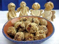 Mandlovo-skořicové kuličky Dog Food Recipes, Menu, Advent, Menu Board Design, Dog Recipes