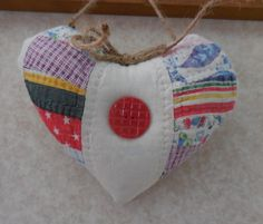 Primitive Cupboard Heart Vintage Hand Sewn Quilt Wall Hanger Pillow Tuck by auntiemeowsprims on Etsy