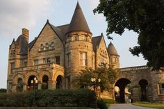 Entering This Hidden Pittsburgh Castle Will Make You Feel Like You're In A Fairy…