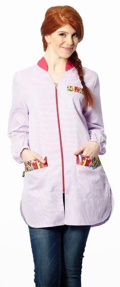 € 23,85 - Bata Educación Infantil modelo Lápices lila. Referencia: BA9313. Hasta fin de existencias: disponible en talla SG.