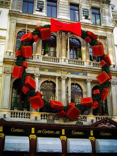 Cartier store at Christmas time, London UK Christmas In The City, Noel Christmas, Christmas And New Year, All Things Christmas, Christmas Wreaths, Christmas Decorations, Xmas, Holiday Decor, London Christmas Lights