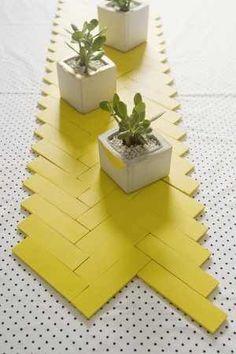 The Top 14 Mindblowing DIY Table Runner Designs