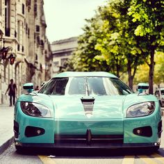 Slick Koenigsegg CCX  this is a XXX for me.. LOVE this color LOVE this car.