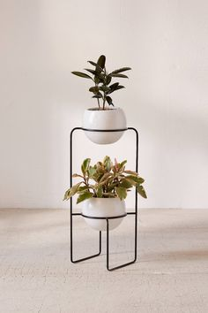 Mila Dual Standing Planter | Urban Outfitters