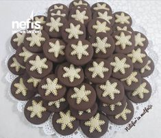 Kar Taneli Kurabiye Gingerbread Cookies, Christmas Cookies, Best Food Ever, Beautiful Christmas, Biscotti, Cookie Recipes, Food And Drink, Chocolate, Cooking