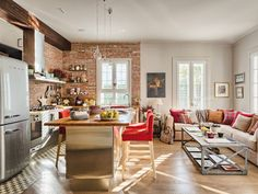 Love the kitchen living space.In Spain! I could live here. Art Symphony: City Apartment with a small Garden Living Room Kitchen, Interior, Brick Interior Wall, Cozy House, Kitchen Remodel, Home Decor, Open Plan Kitchen, House Interior, Modern Apartment