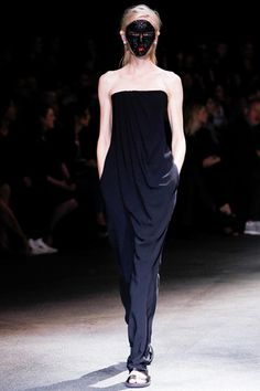 Givenchy Spring 2014 Ready-to-Wear Collection Slideshow on Style.com
