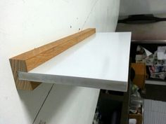 Prototipo repisa flotante. Wall Storage, Wall Shelves, Shelving, Floating Wall Desk, Floating Shelves, Diy Furniture, Furniture Design, Wood Design, Home Projects