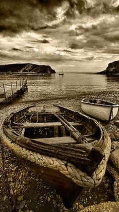 Lulworth Boats Source Flickr.com