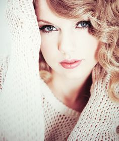I'm really starting to admire her. Taylor Swift Makeup, Taylor Swift Fan, Taylor Swift Pictures, Taylor Alison Swift, One & Only, Pretty Makeup, Celebs, Celebrities, My Girl
