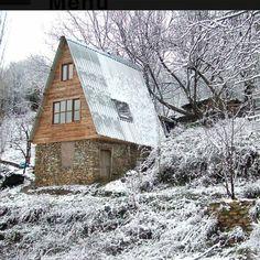 Tüketenler değil Üretenler, Alanlar değil Yapanlar... Bu evin hikayesi şu anda sitede... #şehirliçiftçiler #hayalimbiçiftlik #çiftlik #çiftçilik #wellness #feelinggood #kırsal #urbanfarmer #turkey