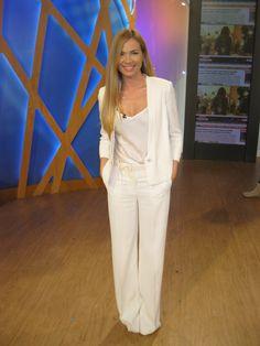 #Federica Panicucci #Mattino Cinque #Mantù #white tuxedo