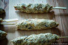 KNUSPERKABINETT: Vegane und glutenfreie Schaschlikspiesse für den Grill - aus Bohnen, Süsskartoffeln, Pilzen und vielen Gewürzen