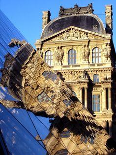 Pyramide du Louvre, Paris I