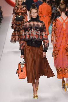 Fendi Spring/Summer 2019 Ready-To-wear - far away - #Fendi #ReadytoWear #SpringSummer - Fendi Spring/Summer 2019 Ready-To-wear - far away