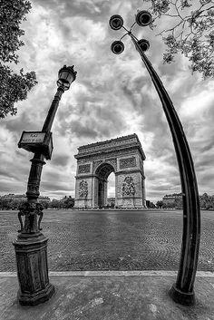 place Charles-de-Gaulle - Paris 8e
