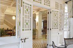 Exterior » Clove Hall Residence